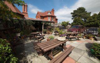 HQ Hotel Beer Garden
